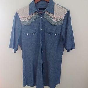 Short-Sleeved Light Denim Shirt